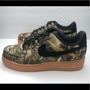 """Nike Air Force One Low """"Real Tree"""" Size 7 Men's"""